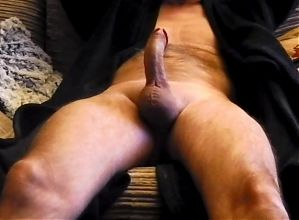 My cock getting hard handsfree, by request!