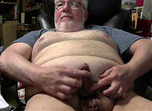 Richard61naked working the dick